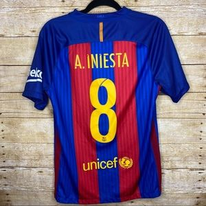 Nike #8 Iniesta Home Jersey 2016 Size Small